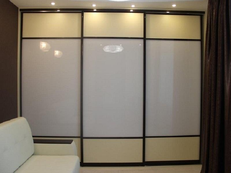 футов, форма стекло с пленкой для шкафа купе удобные