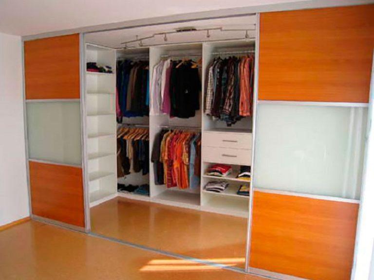Гардеробная малина шкаф на заказ по индивидуальным размерам.